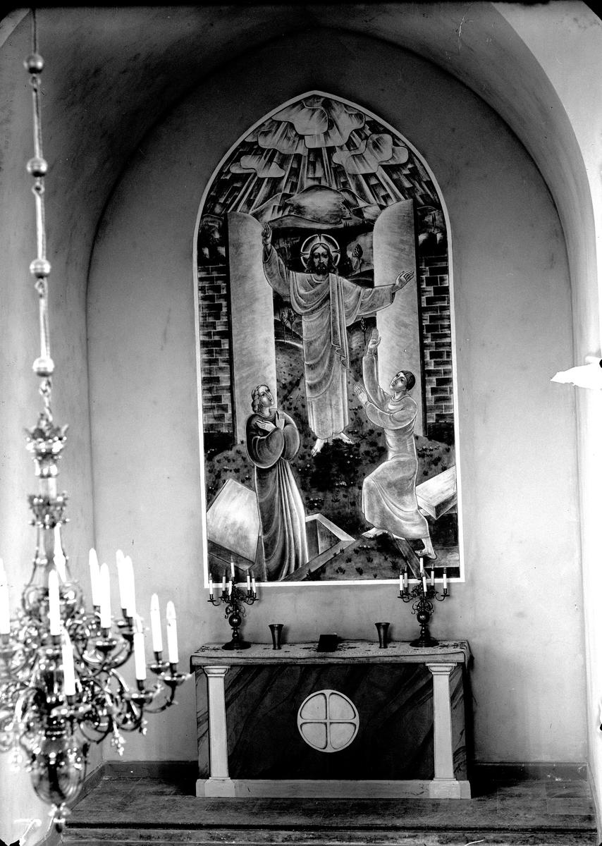 Fondmålningen i gravkapellet (1).  Fotograf E Sörman.