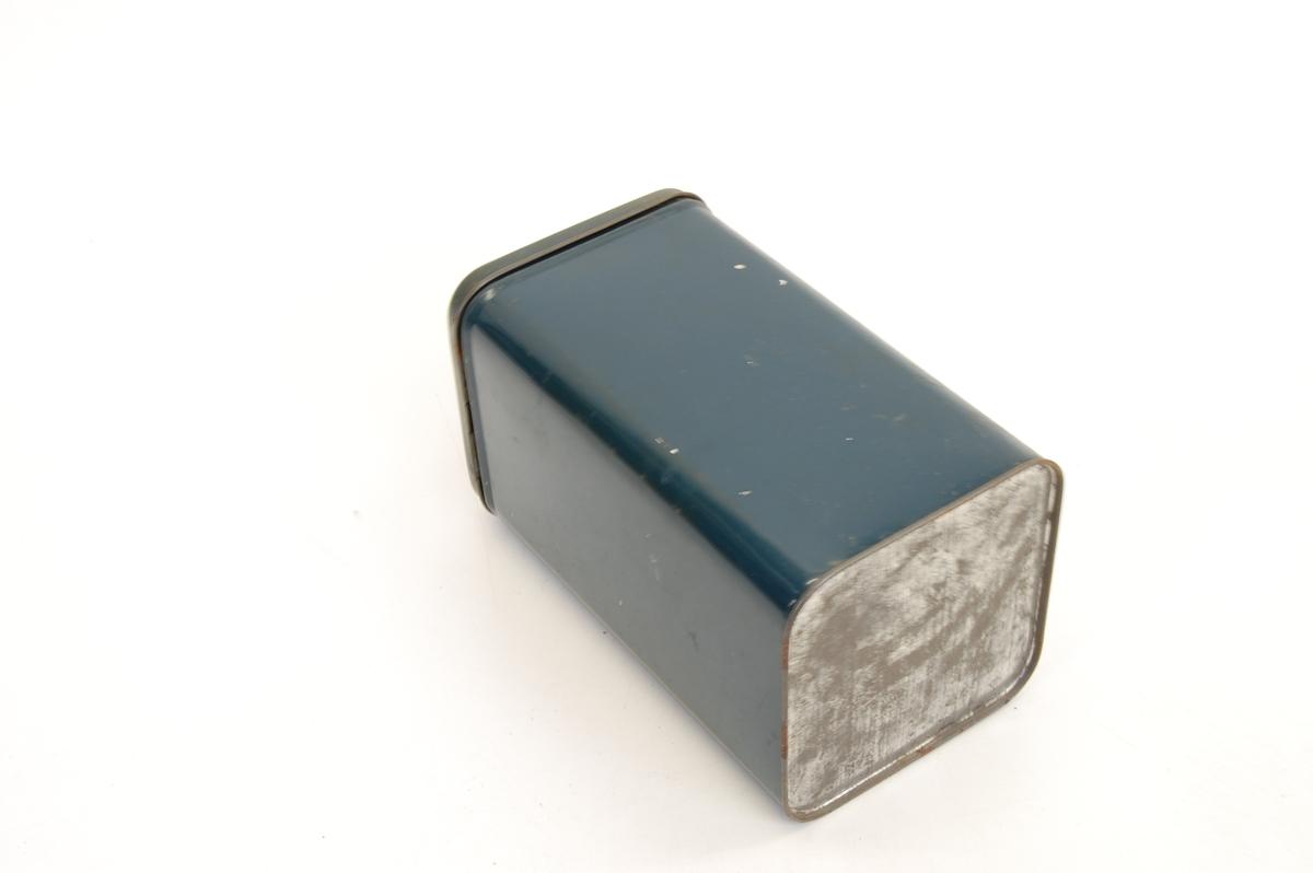 Form: firkantet sylinder, med runde hjørner