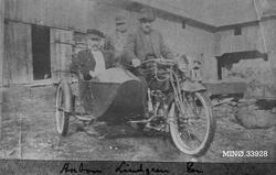 Anton Lindgren i sidevogn