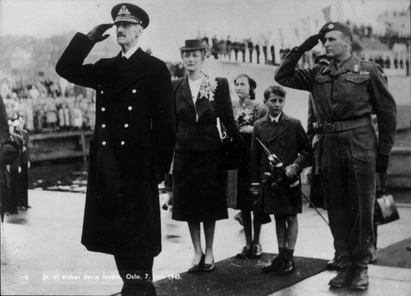 Kong Haakon VIIs tilbakekomst (Foto/Photo)