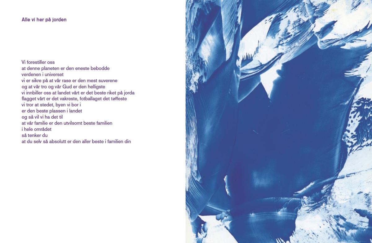 """Da Trondenes Seminar, forgjengeren til Lærerhøgskolen i Tromsø, ble opprettet i 1826 var det med ett tydelig hovedformål: Å utdanne lærere som kunne gi skolegang tuftet på norsk språk og norske verdier til samiske barn. Fornorskningsprosessen den samiske befolkninga ble utsatt for de neste 150 årene er velkjent, med samiske barn som ble tatt fra familene sine og plassert i internatskoler hvor de oftest ble fysisk avstraffet om de snakket samisk på skolens område.  I """"Beaivváš mánát / Leve blant reptiler"""" ser Marry A´ilonieida Somby på seminarets historie med samisk blikk. Diktene som oppstår, er både harde og vakre og er en måte å forstå grunnen dagens lærerutdanning i Tromsø er bygget på. Sombys dikt gir ansikt til historisk rasisme og maktmisbruk samtidig som boka er en hyllest til landskapet hvor alt utspiller seg, og mest av alt til sola som spirituell kraft og kilde til liv."""