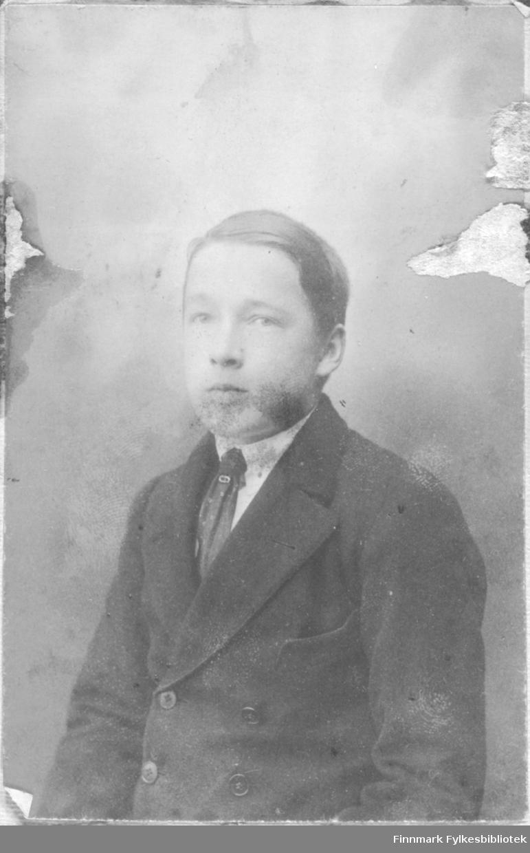 Portrett av en ukjent ung mann.
