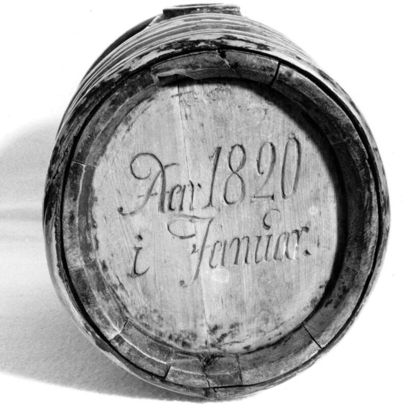 Brennevinskagge fra Budal, 1820. (Foto/Photo)