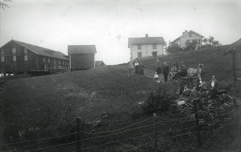 Oppen gård, Lunner, ca. 1915. Foto: Randsfjordmuseet. (Foto/Photo)