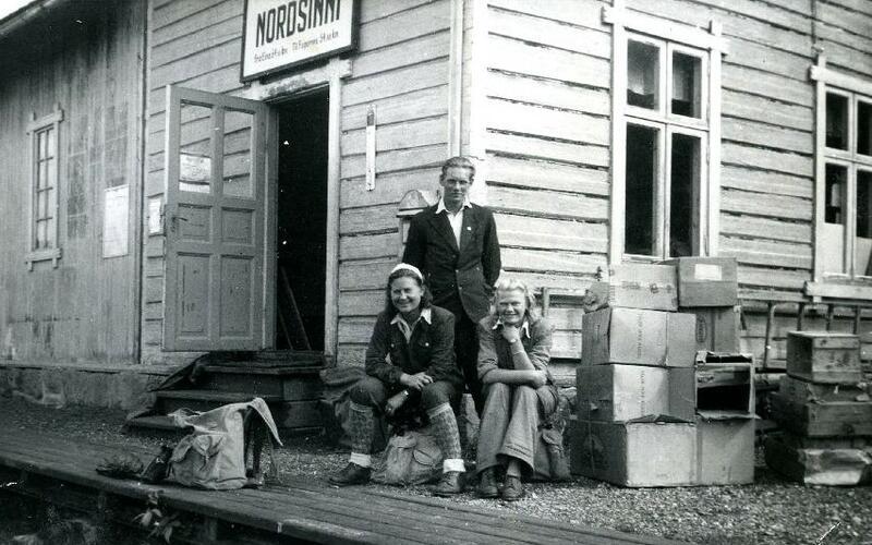 Nordsinni stasjon, Nordre-Land, Valdresbanen, 1944 . Foto: Valdres Folkemuseum (Foto/Photo)