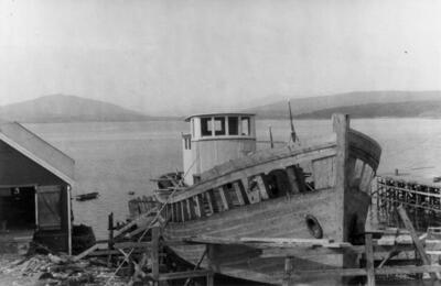 Fra Finnsnes i Troms fotografert av Hilmar Stigum under feltarbeid i 1947. (Foto/Photo)