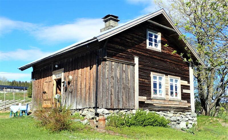 Småbruket Nystuen i Vest-Torpa. Taes godt vare på av nåværende eier. Foto: Lars Stålegård (Foto/Photo)