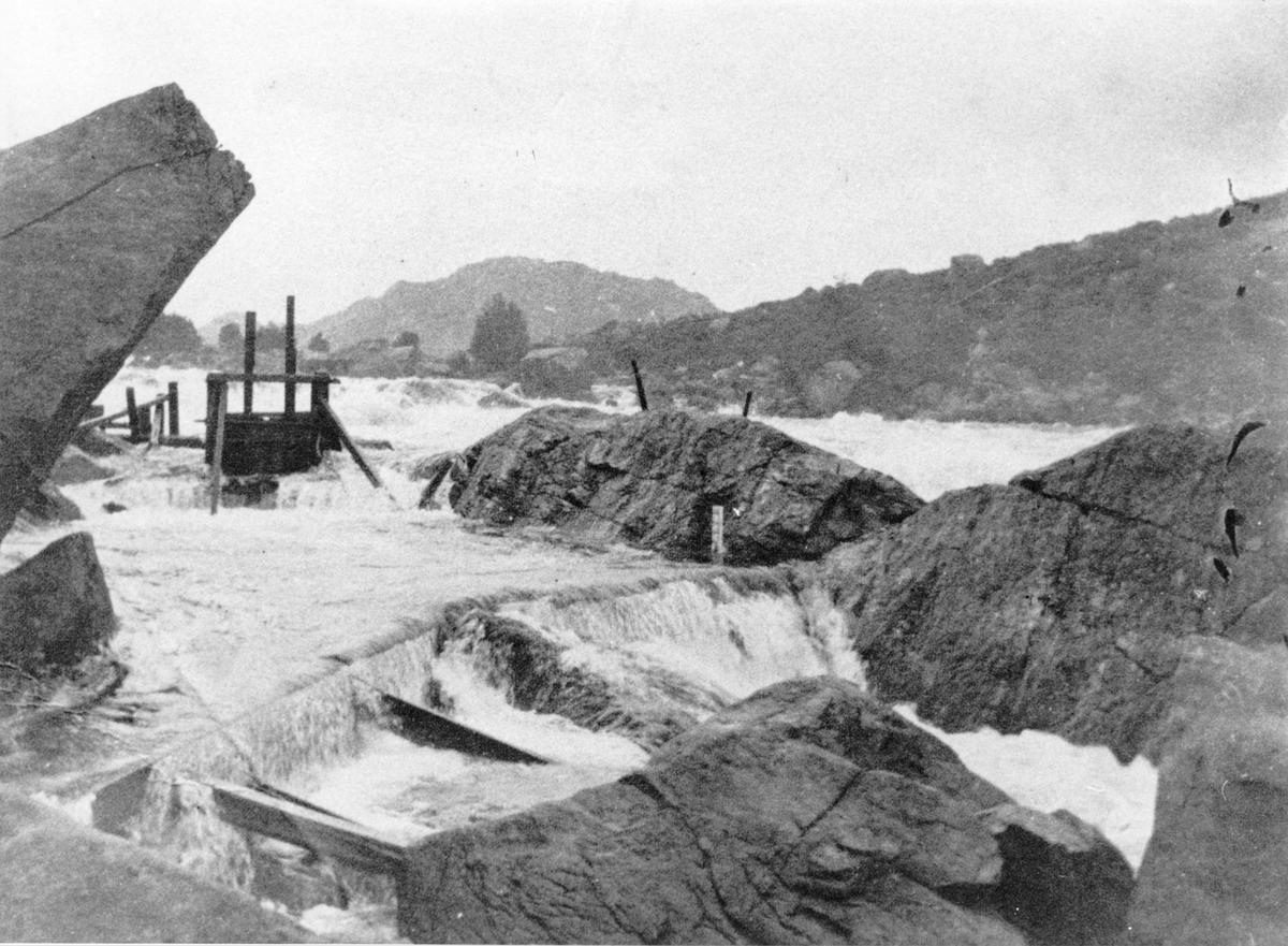 Fotlandsfossen, ca. 1900.
