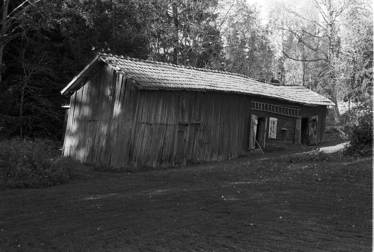 Uthuslänga, Ålands-Västerby 2:7, Åland socken, Uppland 1984