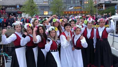 Foto_Bunadsgerilja_m_Anja.jpg. Foto/Photo