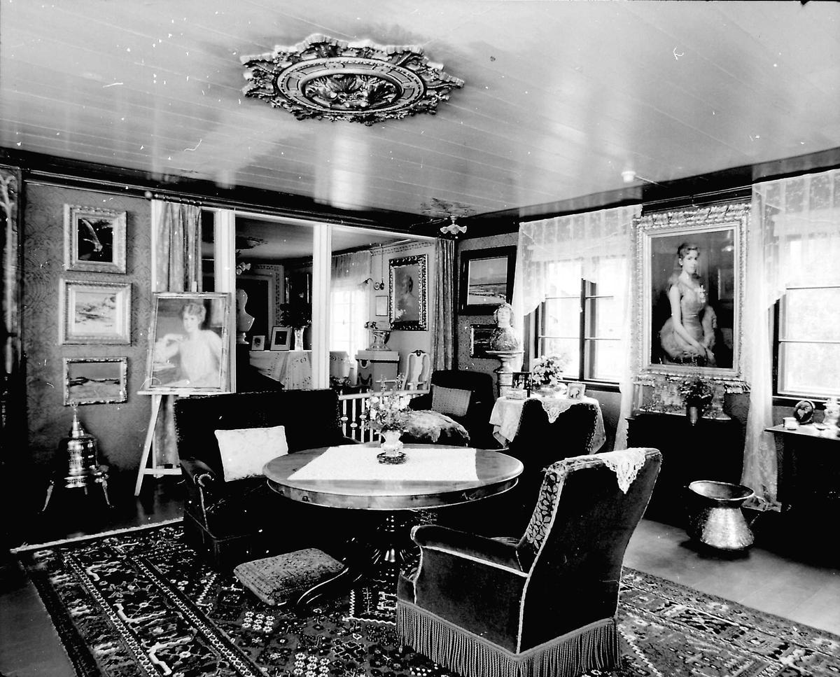DOK:1989, Aulestad, interiør, stue, salong, malerier, bord, stol,