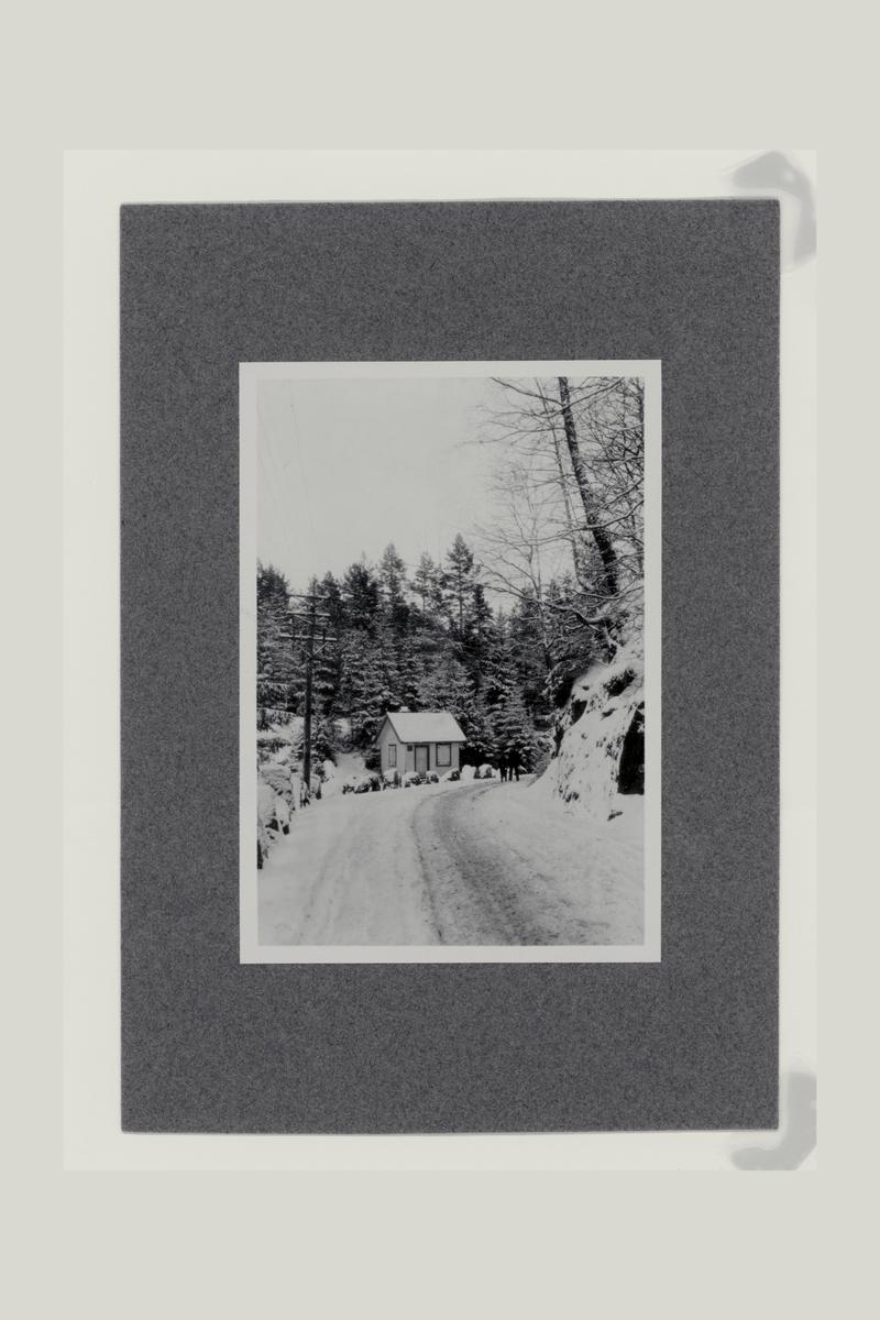 eksteriør, postuttaksted, i veikrysset, Tvedestrand, Risør, Kristiansand S, snø på bakken