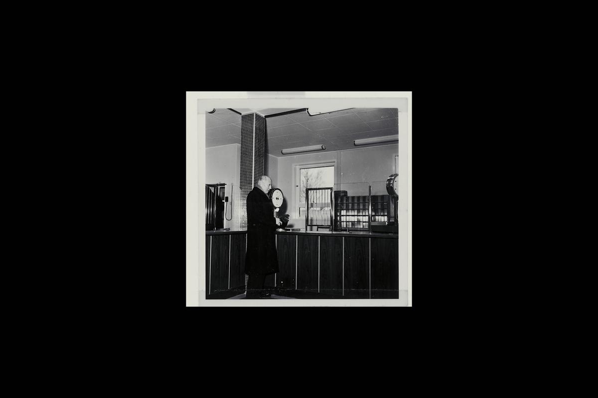 interiør, postkontor, 1850 Mysen, publikumshall, kunde, vekt