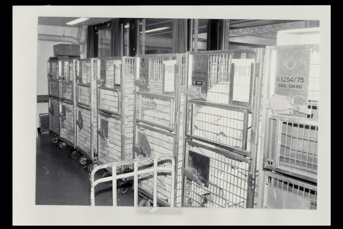 interiør, Postgirokontoret, post i containere