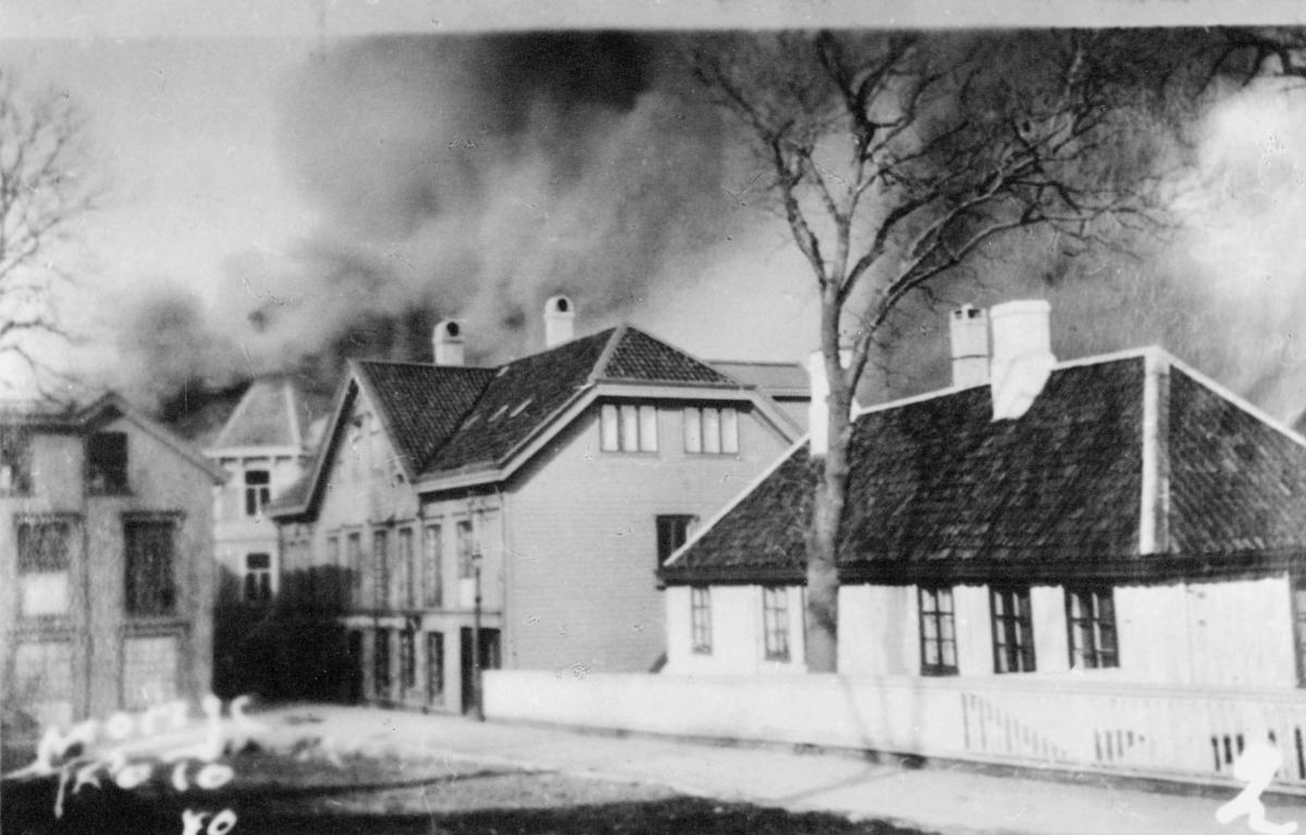 krigen, Kristiansund N, eksteriør, brann