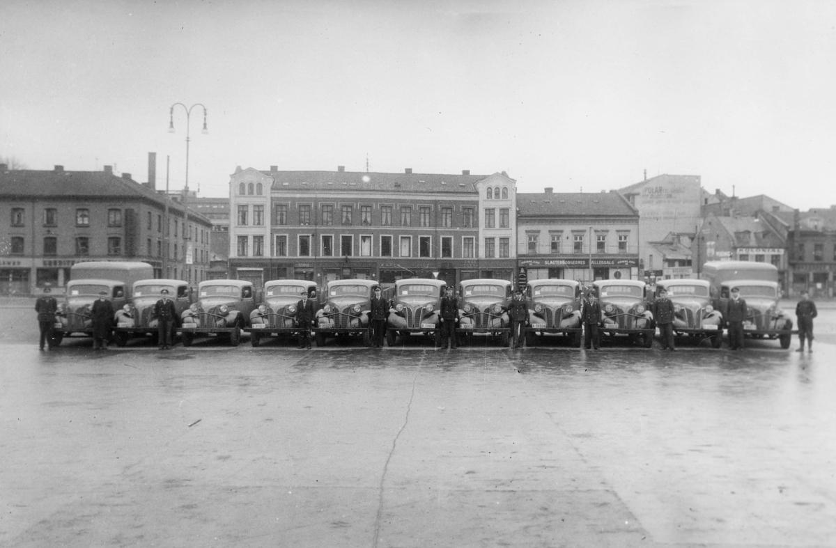 transport, bil, Oslo, postbiler Volvo, menn