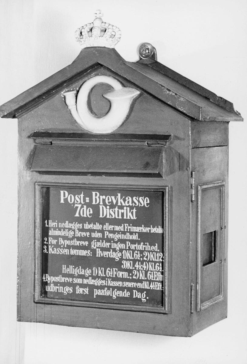 postkasser, offentlig, posthorn, krone, med mye tekst