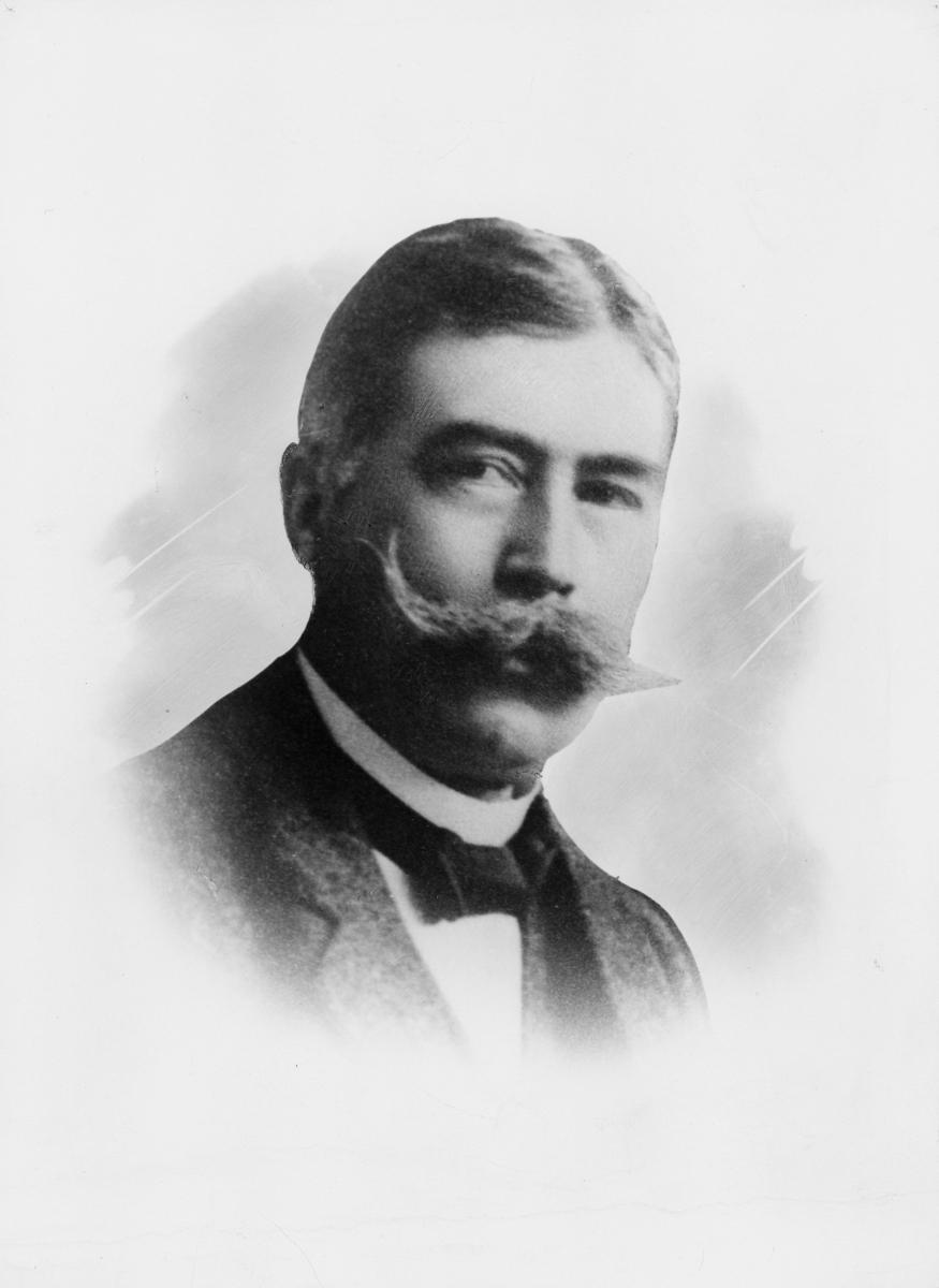 portrett, postmester, Ragnvald Dahl