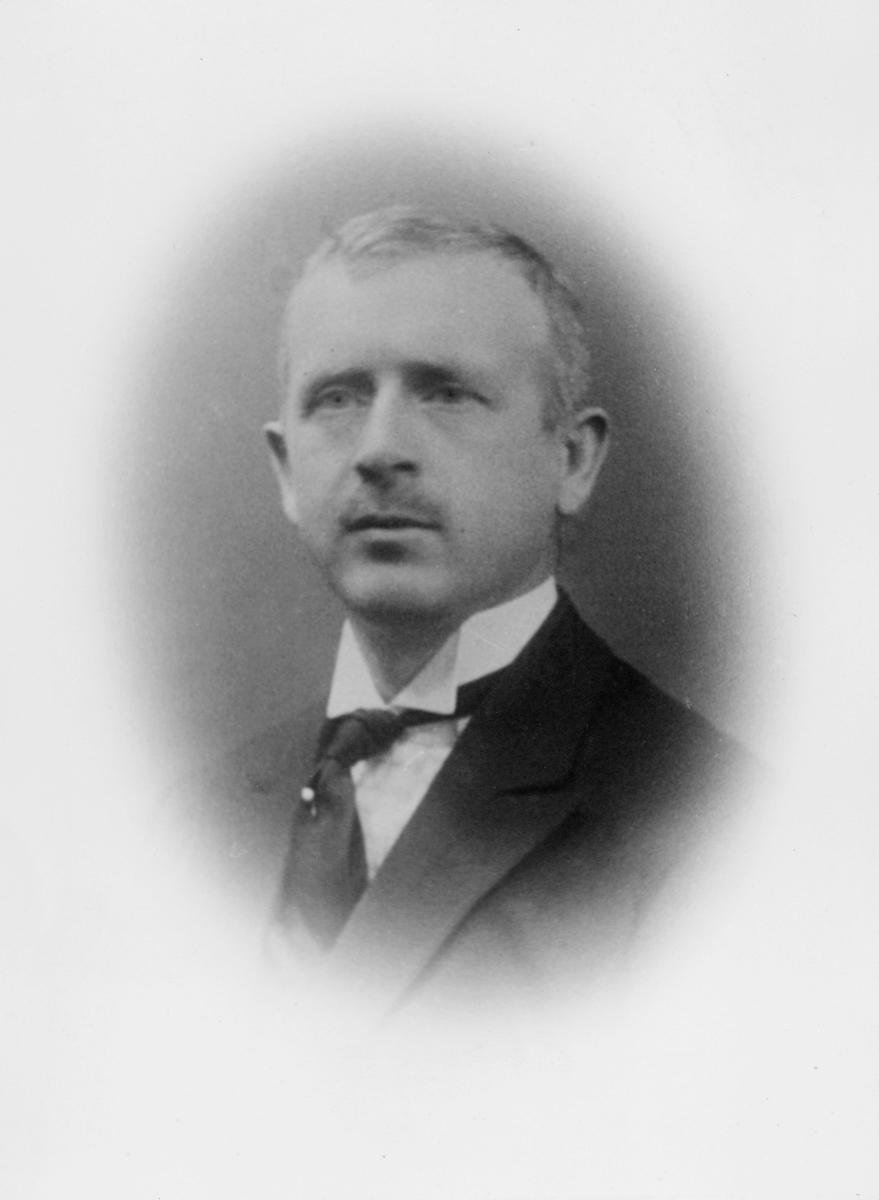 portrett, postmester, midlertidig, Lars Haave