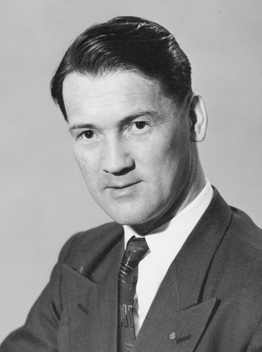postmester, Godö Olav, portrett