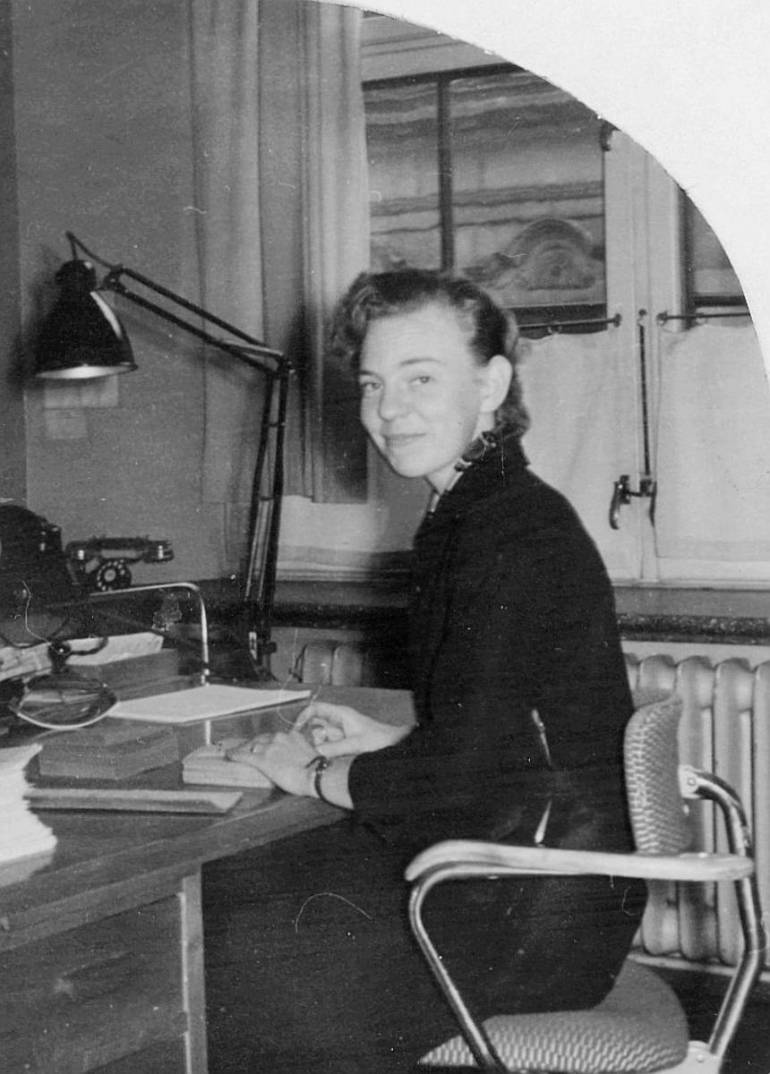 kontorassistent, Ravnsborg Gunhild, kontor