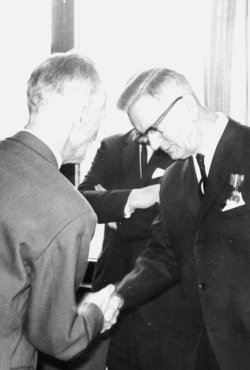 person, Einar Høy, Thv. B. Olsen, interiør, kontor