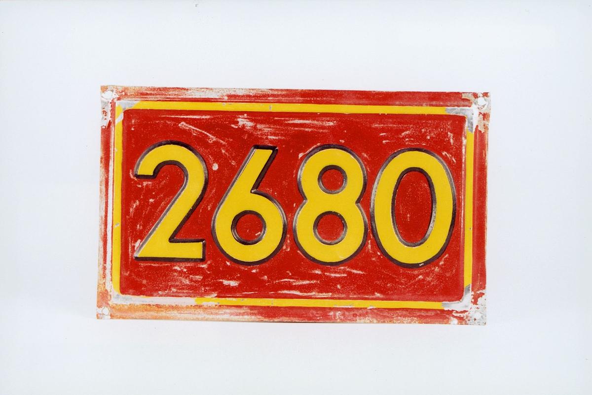 Postmuseet, gjenstander, skilt, stedskilt, nummerskilt, 2680 (Vågå).