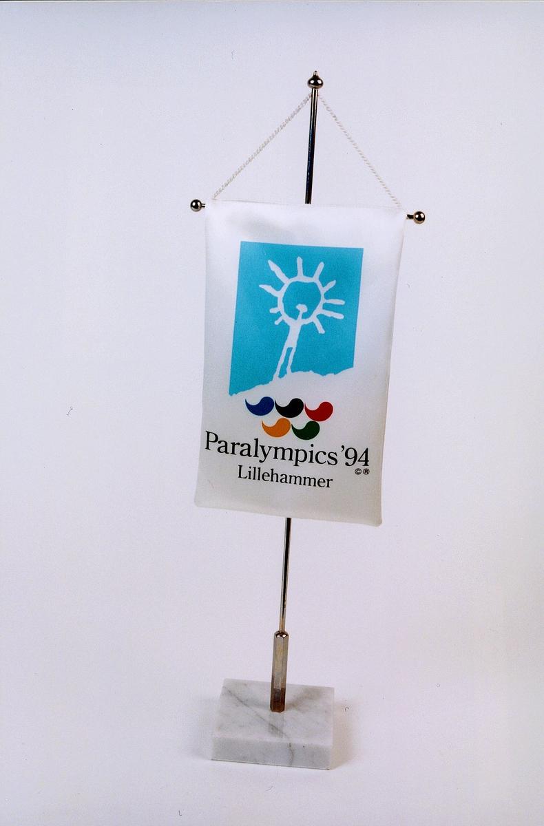 postmuseet, gjenstander, bordflagg Paralympics '94