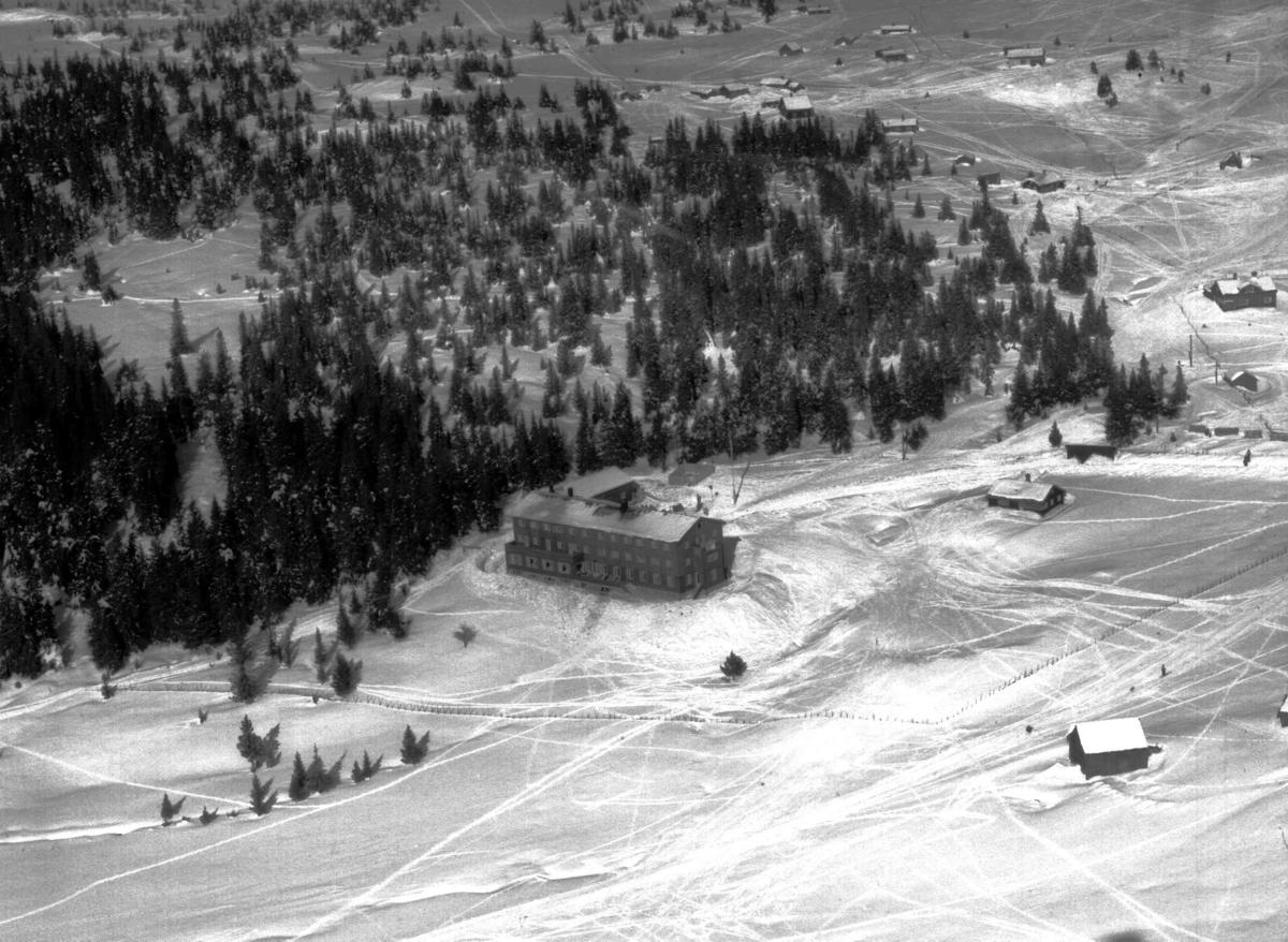Flyfoto, Lillehammer Høyfjellshotell (Lande), Nordseter, vinter