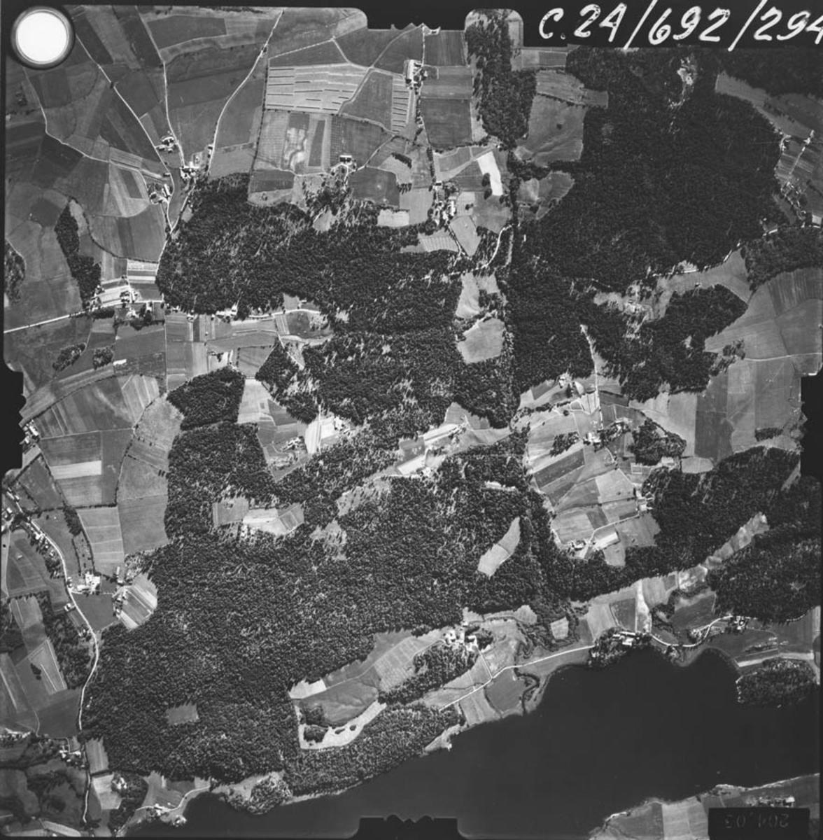 Årungen, øst. Flyfoto