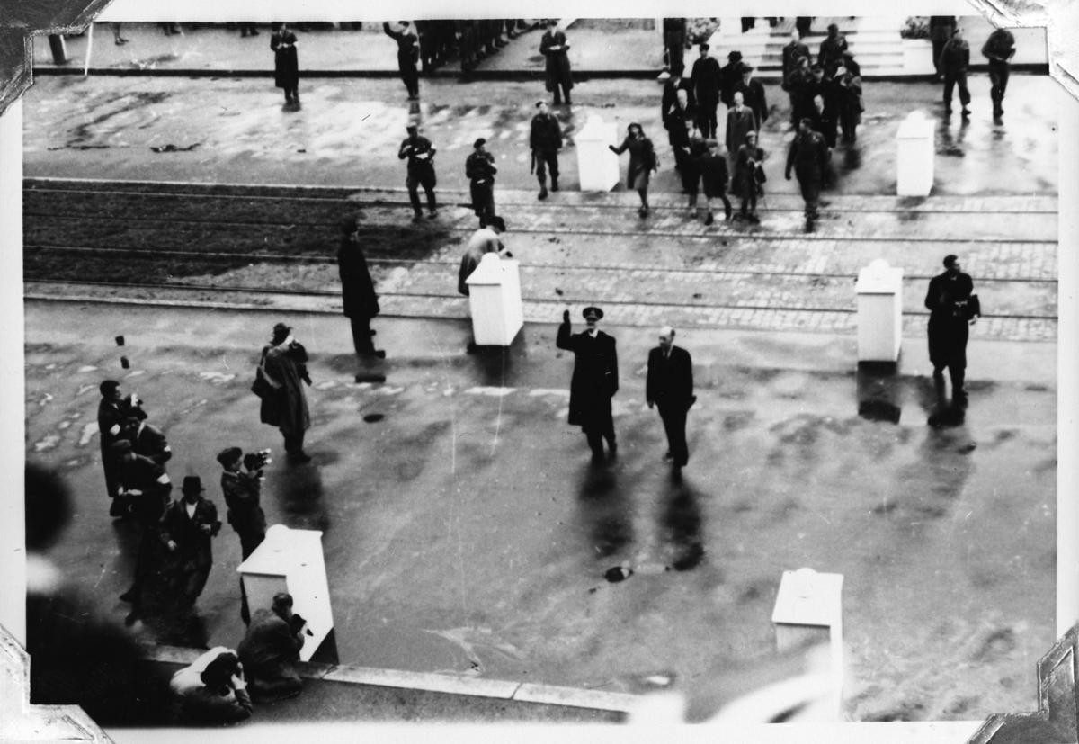Oslo, defileringen i juni. Kong Haakon d. 7de av Norge.