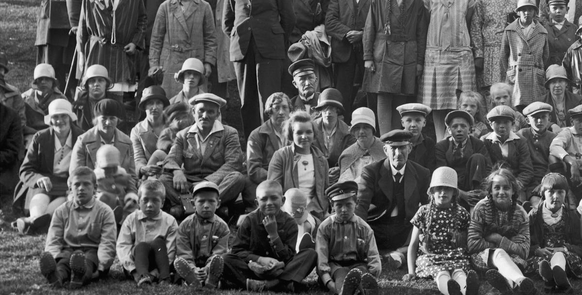 Stevne på Hurdalsåsen 14.07.1929. Ole Sæther på bildet.