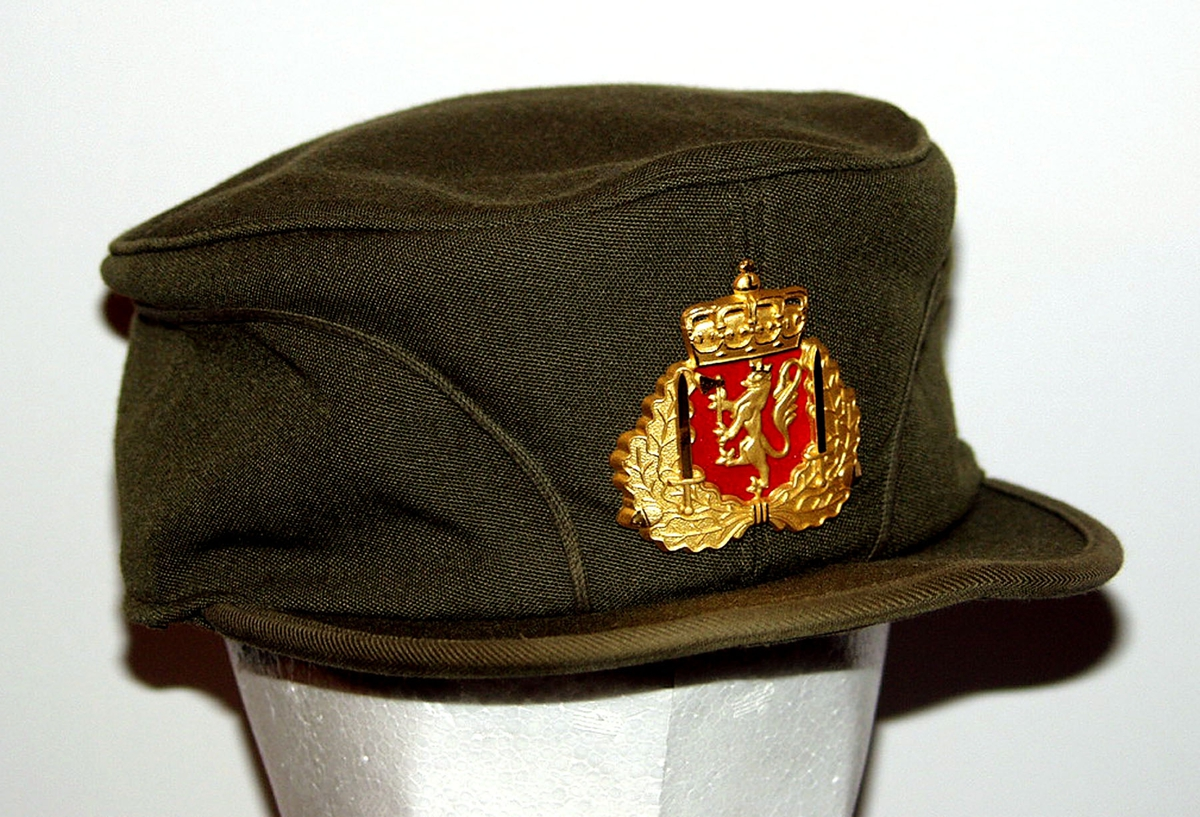 Form: Klassisk militær vinterfrakk