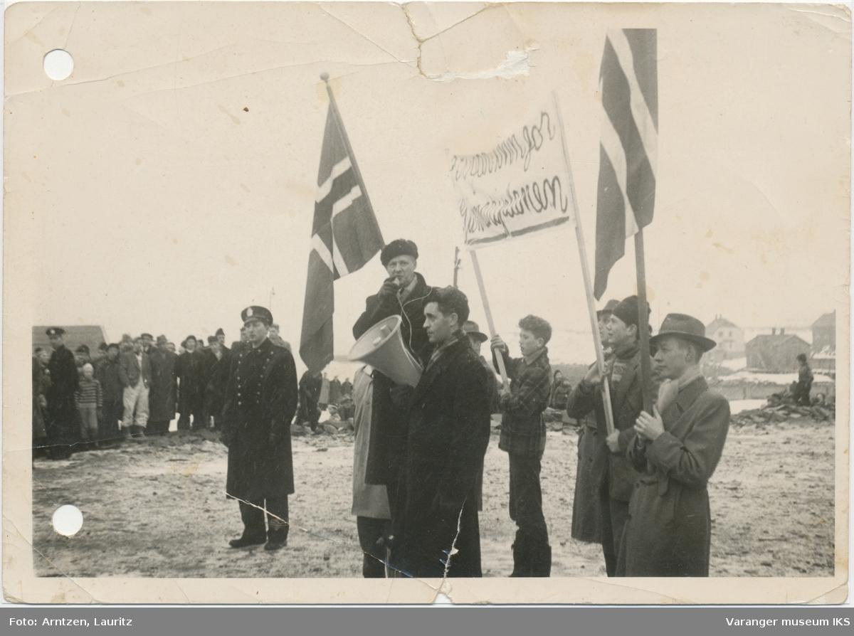 """Demonstrasjonstog til støtte for """"Gunnariplanen"""""""