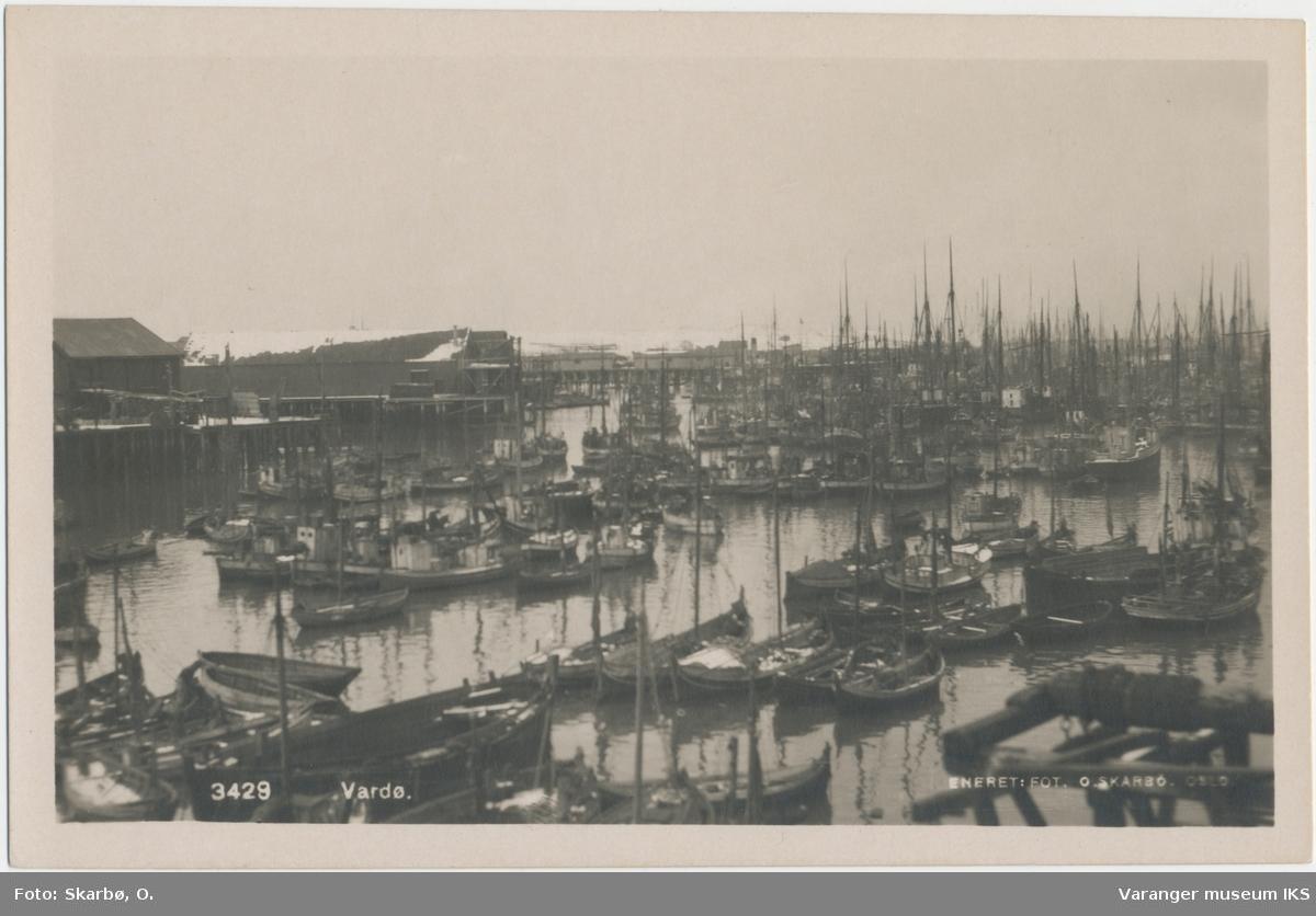 Postkort, Nordre Våg full av fiskebåter, før 2. verdenskrig