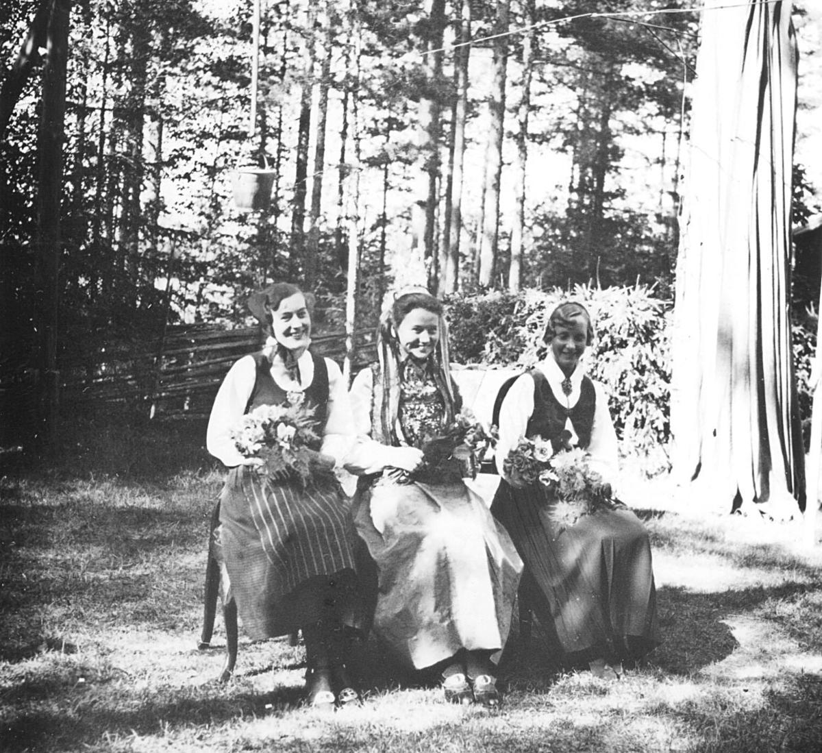 Fra kåringen av den første Glomdalsbrud i 1936
