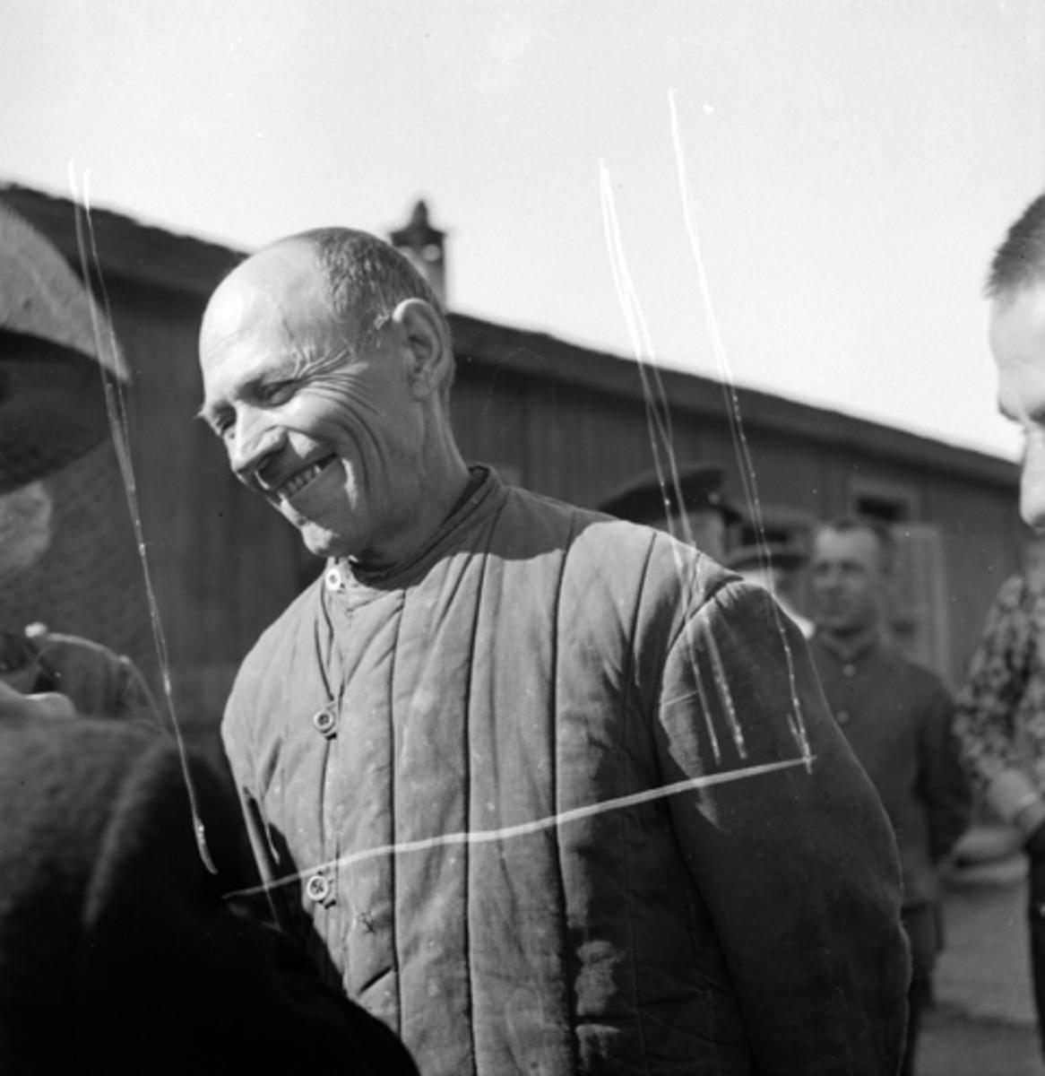 FREDSDAGENE I HAMAR, MAI 1945, UKJENT RUSSISK KRIGSFANGE.
