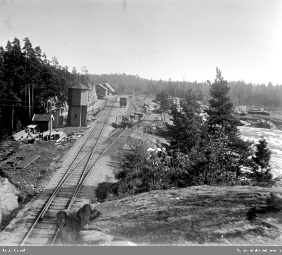 Oversiktsbilde over Kornsjø stasjon