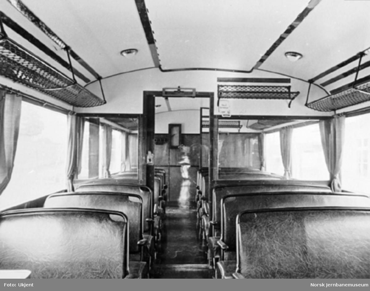 Valdresbanens motorvogn litra Cm nr. 109, interiør