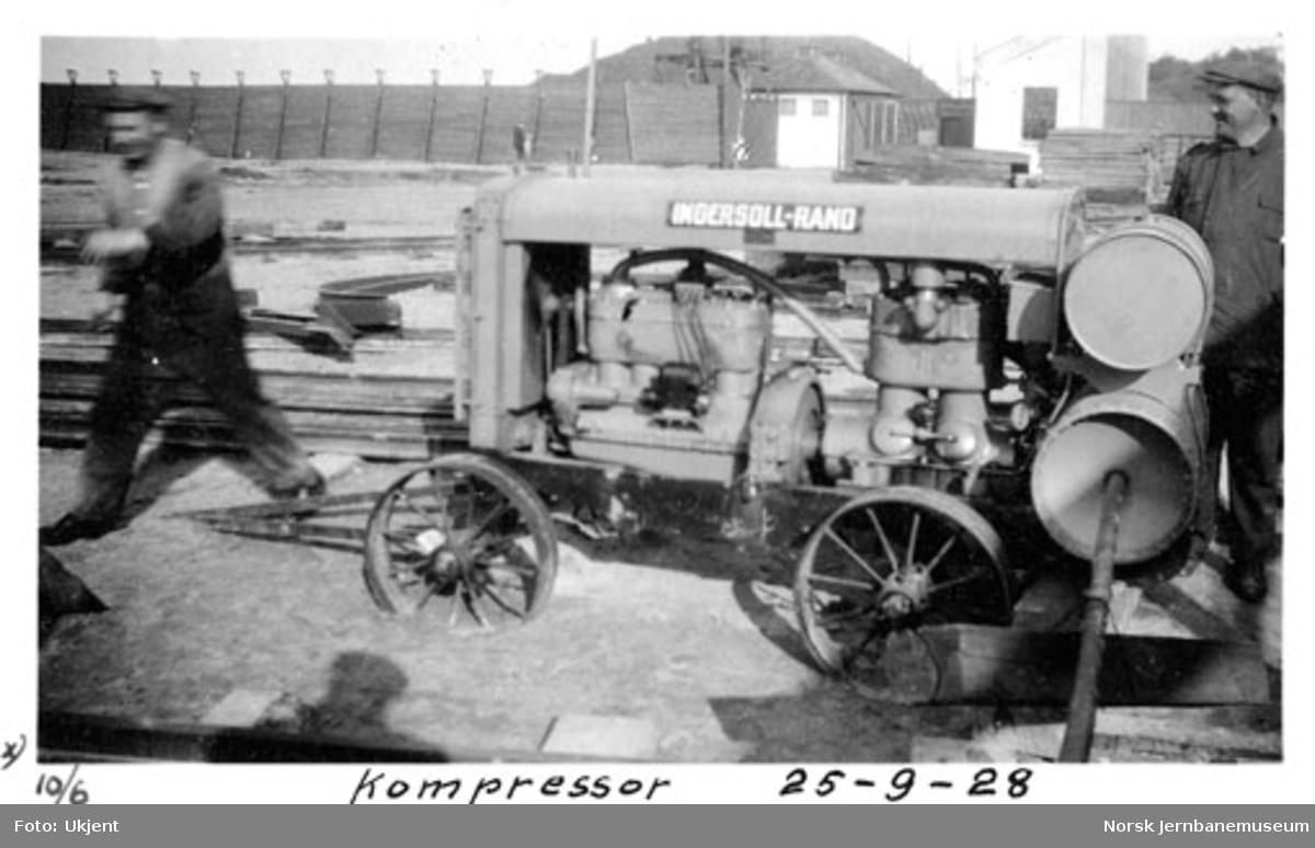 Bru over Nidelven : kompressor