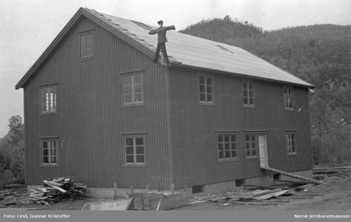 Nordlandsbaneanlegget : Grytvikmo brakke under bygging
