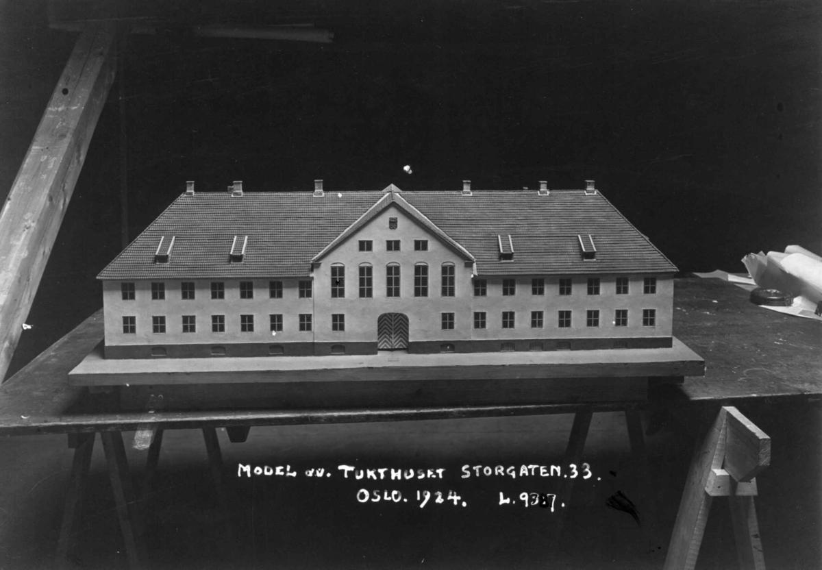 Storgata 33, Oslo. Modell av  tukthuset.
