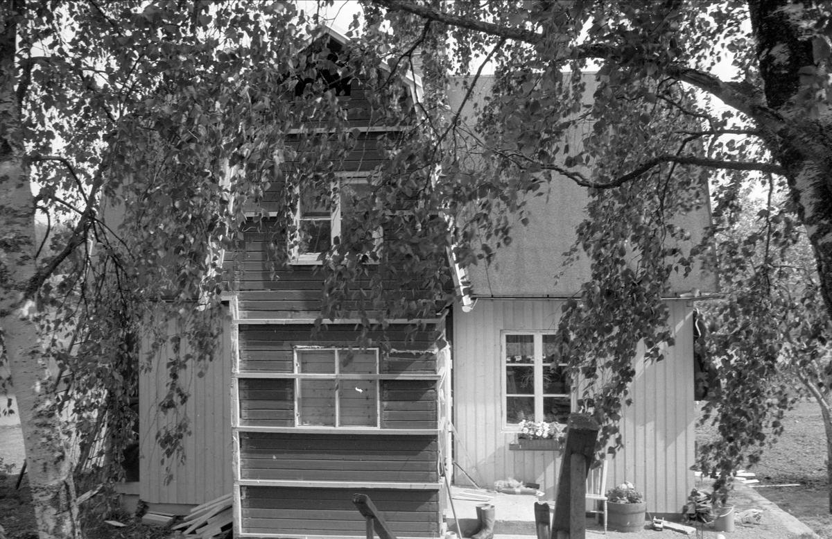 Boningshus, Östa 2:6, Ärentuna socken, Uppland 1977