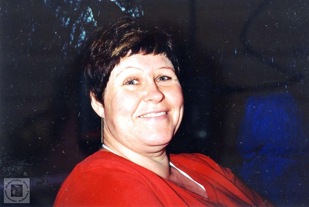 Ei smilende dame, Solveig Håland.