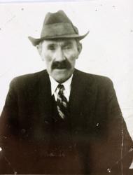 Ein trufast arbeidskar, Bjøruf Sveindal, Grindheim senere Audnedal.