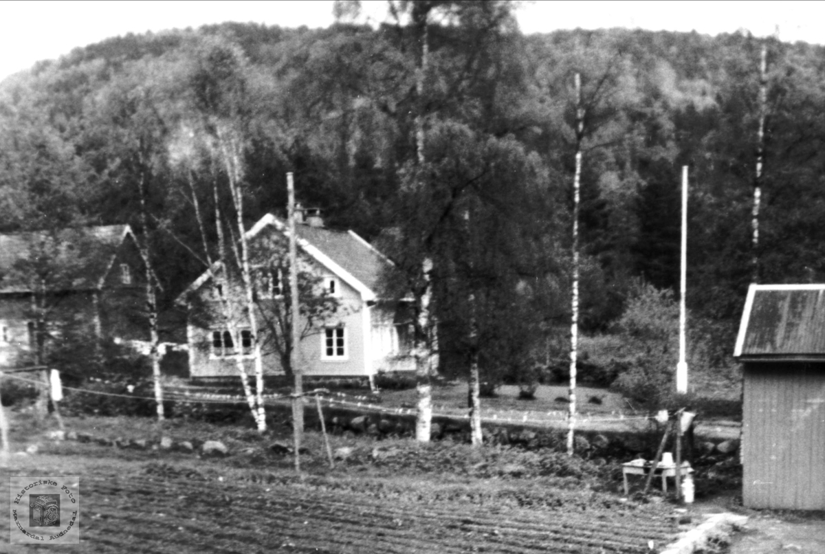 "Gården ""Der ute"", Stedjan, Bjelland."