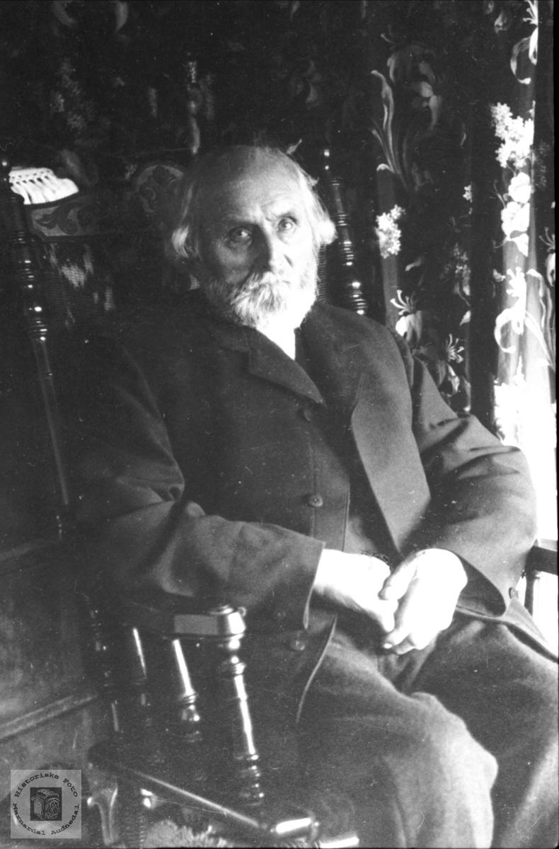 Portrett av Ole L. Heddeland, Øyslebø.