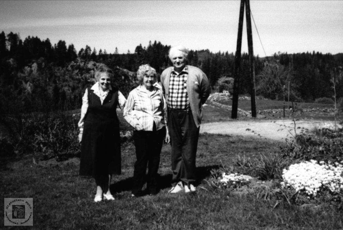 Amerikagjest hos familien Drivda, Ågset i Laudal.