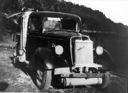 Lastebil med vedgassgenerator tilhørende Sverre Aasen, Øysle