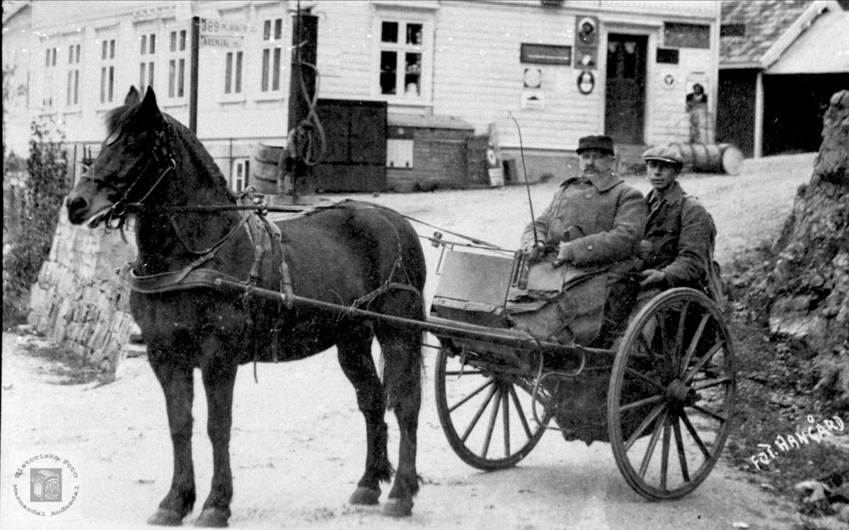 Andreas Gill Fasting og hest i Herefoss.